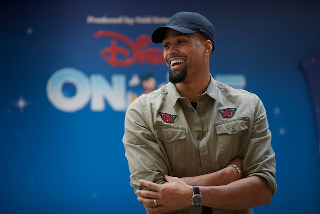 Ashley Banjo smiling at Disney on Ice - Diversity