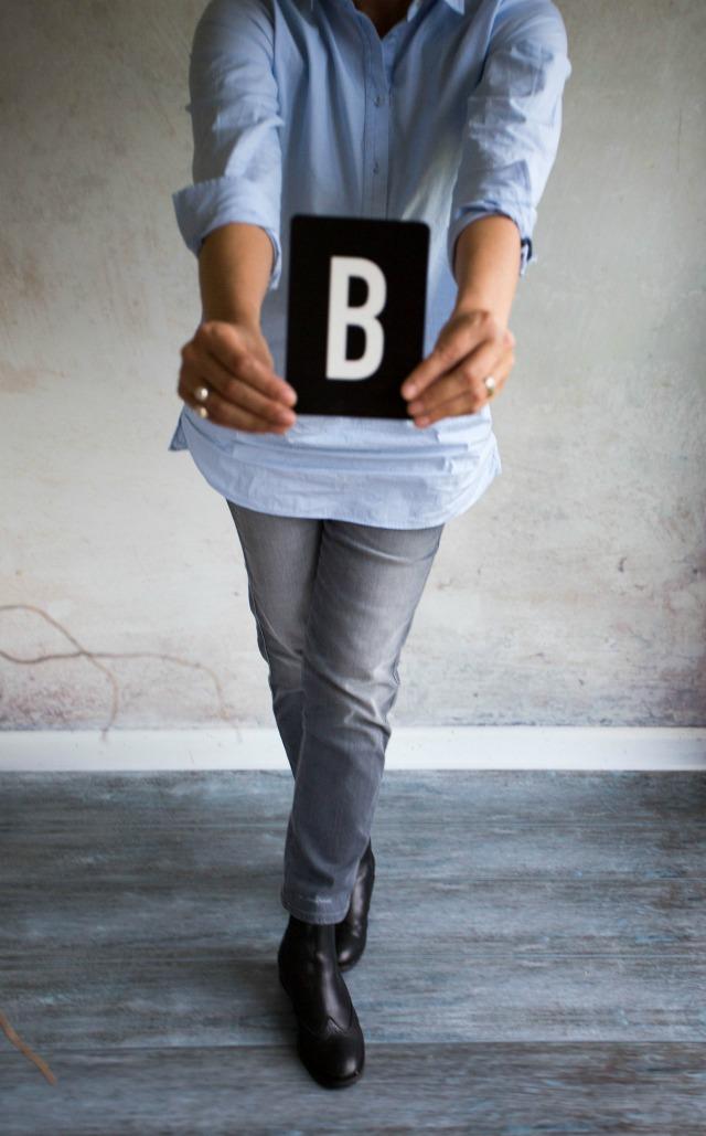 Vorgabe Buchstabe Juni - 12 Letters of handmade fashion