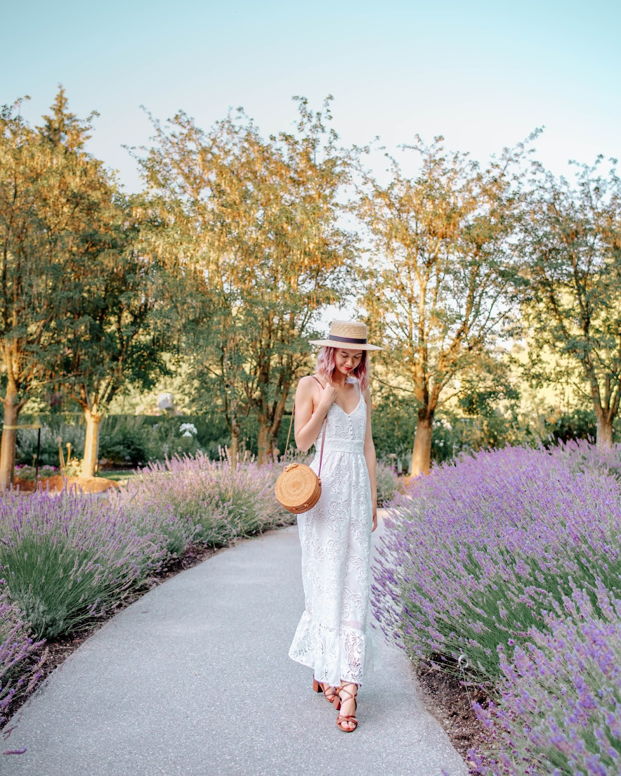 VanDusen Botanical Garden, Vancouver, boater hat, rattan purse, wicker purse, style blogger, travel style, travel blogger, things to do in vancouver, summer lookbook, fall lookbook, fall trends, canadian blogger, canadian fashion, nordstrom, zara fall 2018, roju store, urban outfitters, lavender field, ministry of style, australian fashion