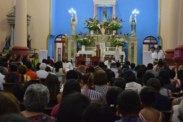Pascoa: Ultima noite da Cobertura do Blog Coisa Nossa é marcada pela Santa Missa de Pascoa.