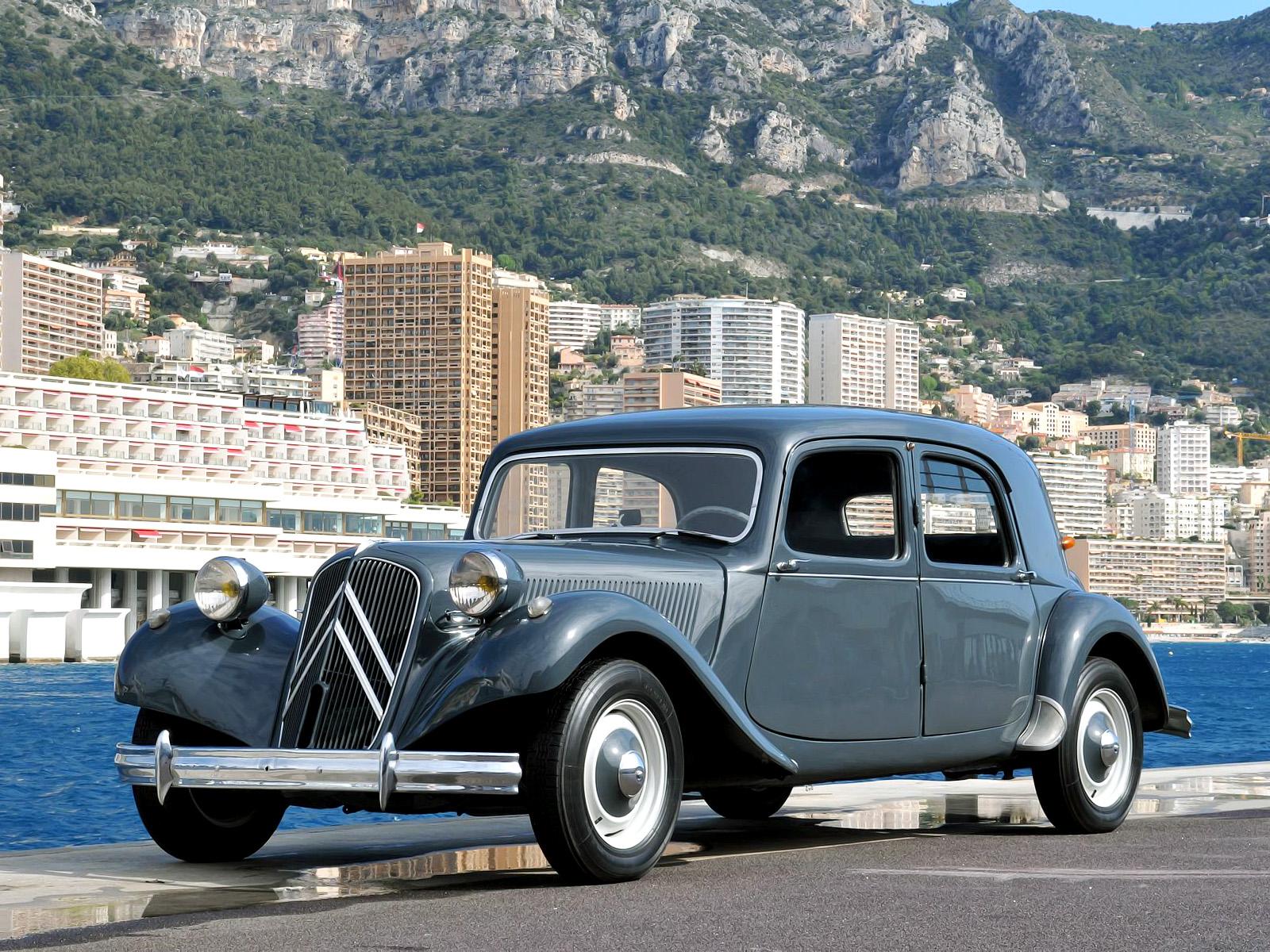 fab wheels digest f w d citroen traction avant 1934 57. Black Bedroom Furniture Sets. Home Design Ideas