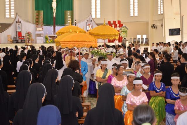 Thánh Lễ an táng Cha Phêrô Bùi Thanh Xuân - Gp Vĩnh Long - Ảnh minh hoạ 13