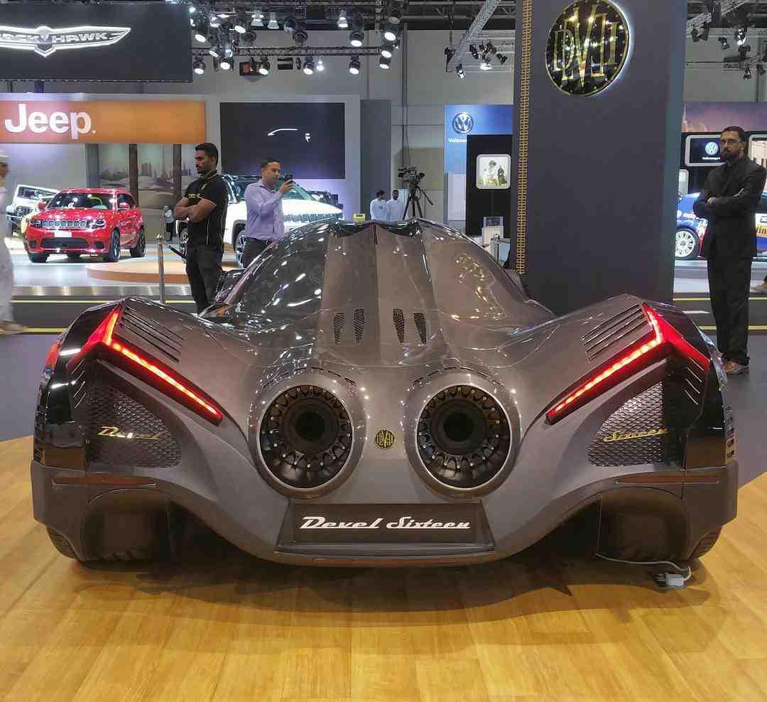 5,000-horsepower Devel Sixteen Hypercar concept - made for ...