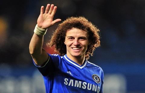 Trung vệ David Luiz luôn rạng rỡ