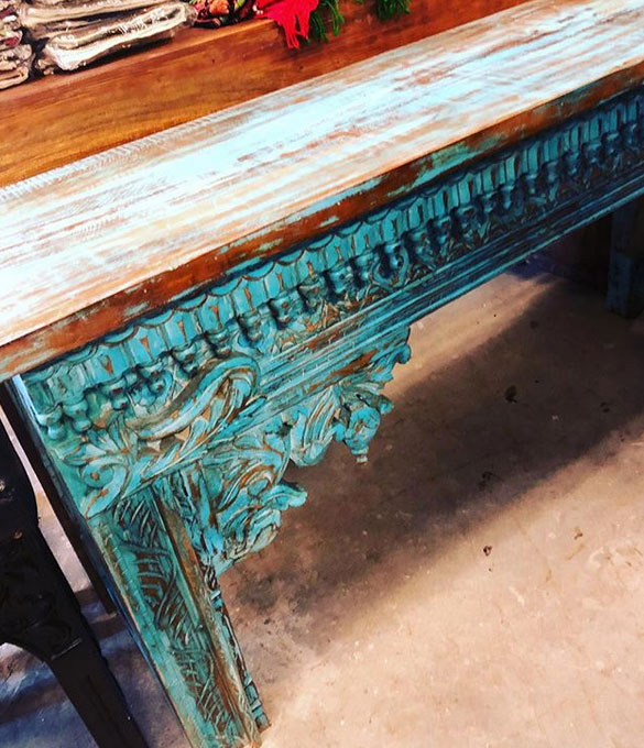 https://www.mogulinterior.com/vintage-teal-blue-carving-sofa-console-table.html