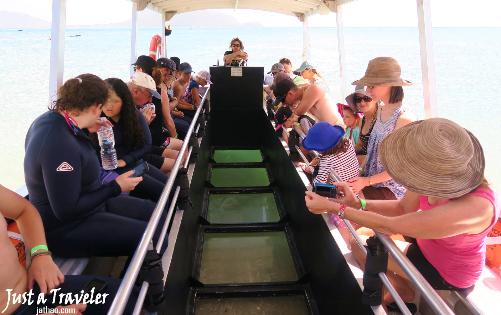 凱恩斯-大堡礁-翡翠島-玻璃底船-內堡礁-浮潛-潛水-推薦-旅遊-自由行-澳洲-Carins-Great-Barrier-Reef-Fitzroy-Island-Snorkel-Diving-Travel-Australia