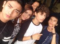 Foto Harris J bersama Teman-teman