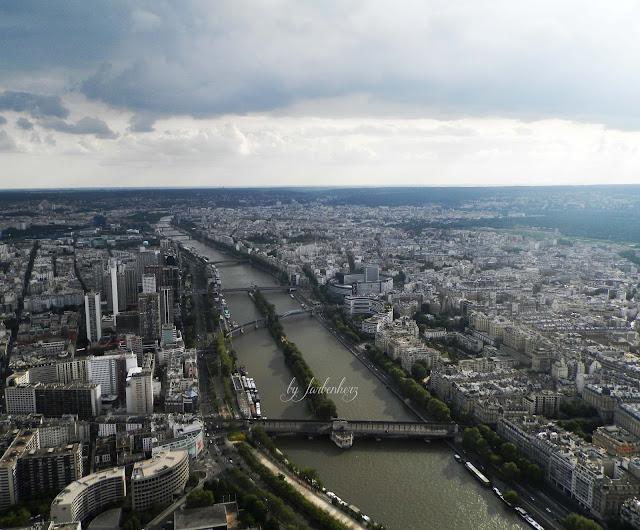 paris-view-toureiffel-eiffelturm