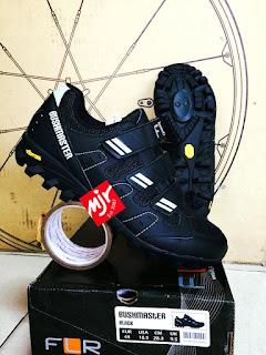 Sepatu Sepeda FLR Bushmaster Vibram