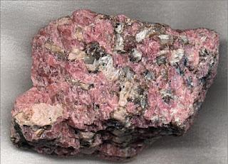 Piedras Mágicas: Rodonita