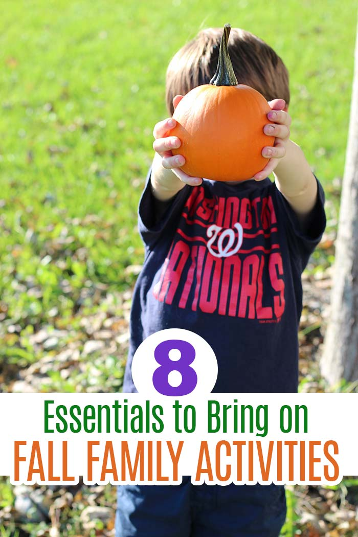 Heading to the pumpkin patch or the corn maze this season? Don't forget these essentials for your fall family activities! #fallactivities #fallfamilyactivities #fallbucketlist #autumnactivities #octoberactivities