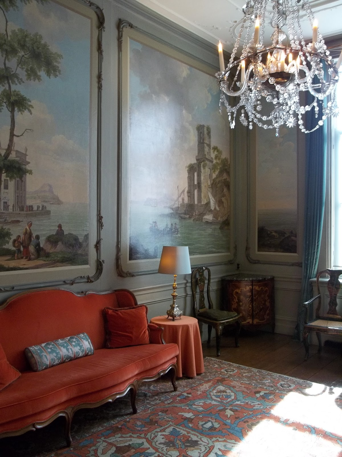 Frogmore House Drawing Room: A Compendium Of Design (...and Occasionally Other Things