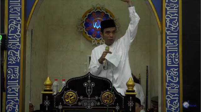 "Ust. Abdul Shomad ke Penguasa: Selama ""Tanda Tanganmu"" Masih Berlaku, Tolonglah Agama Allah!"