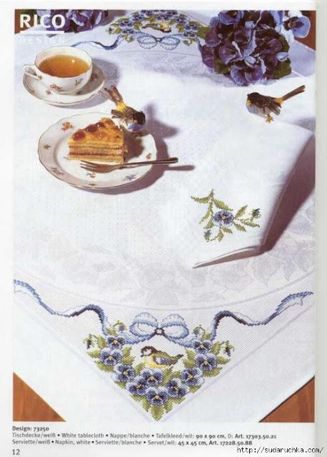 mantel bordado angular con pajaritos y flores tonos azules