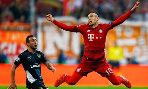 Vì sao Robben có biệt danh đôi chân pha lê?