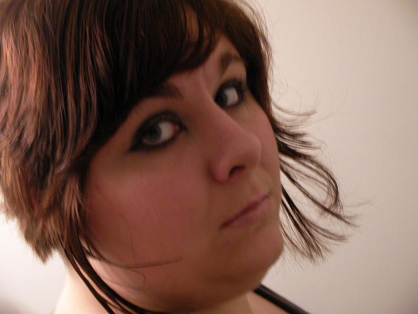 Women Beauty Tips: 10+ Modern Short Emo Hairstyles For Girls