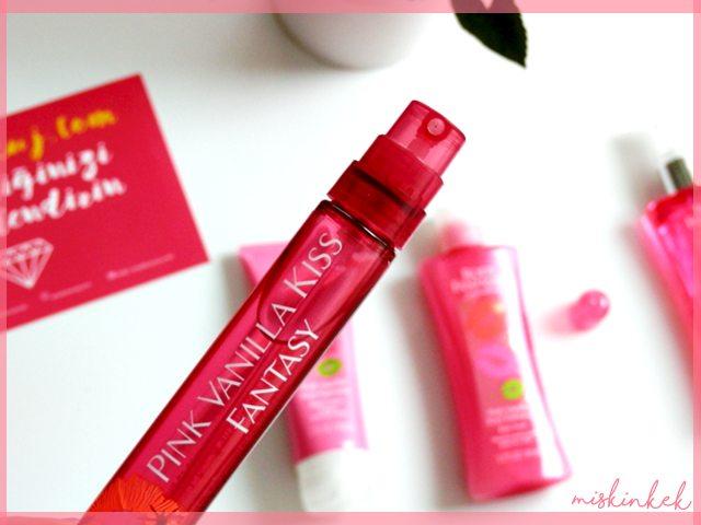 Body-Fantasies-Pink-Vanilla-Kiss-Body-Spray-Reviews_Vücut-spreyi-kullananlar-yorumlari-blog