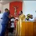 الفيديو الذي يشعل الانترنت الآن ما فعله هذا الطفل خلال معموديته لا يصدّق شاهدوا