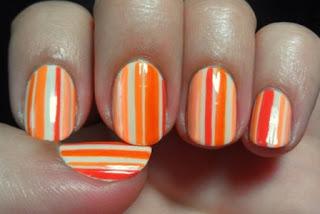 Kuku motif Pinstripe Nail Art