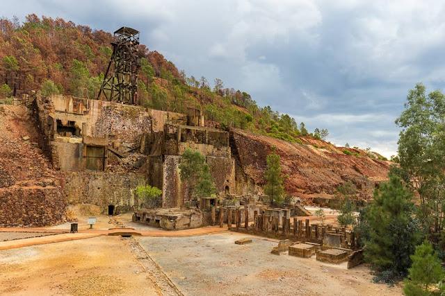 Exterior de Peña del hierro, Minas de Riotinto