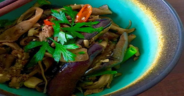 Asian-style Eggplant and Oyster Mushrooms Recipe