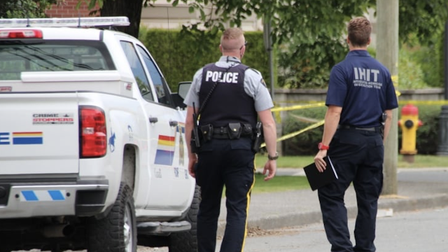 Statistics Canada blames guns, gangs as homicide rate hits 10-year high