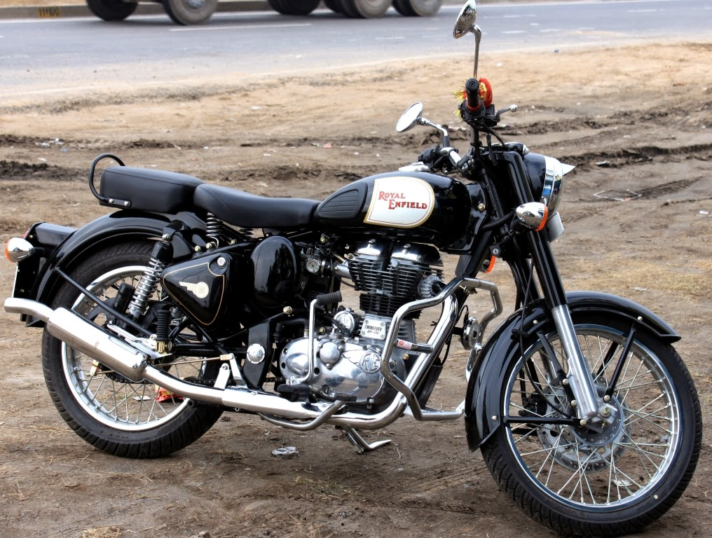 royal enfield motorcycles in india indian automobiles market. Black Bedroom Furniture Sets. Home Design Ideas