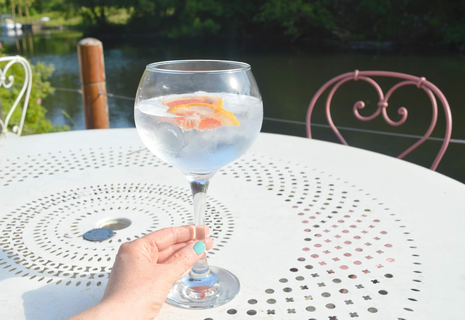 South Lakes - Swan Hotel Newby Bridge Gin