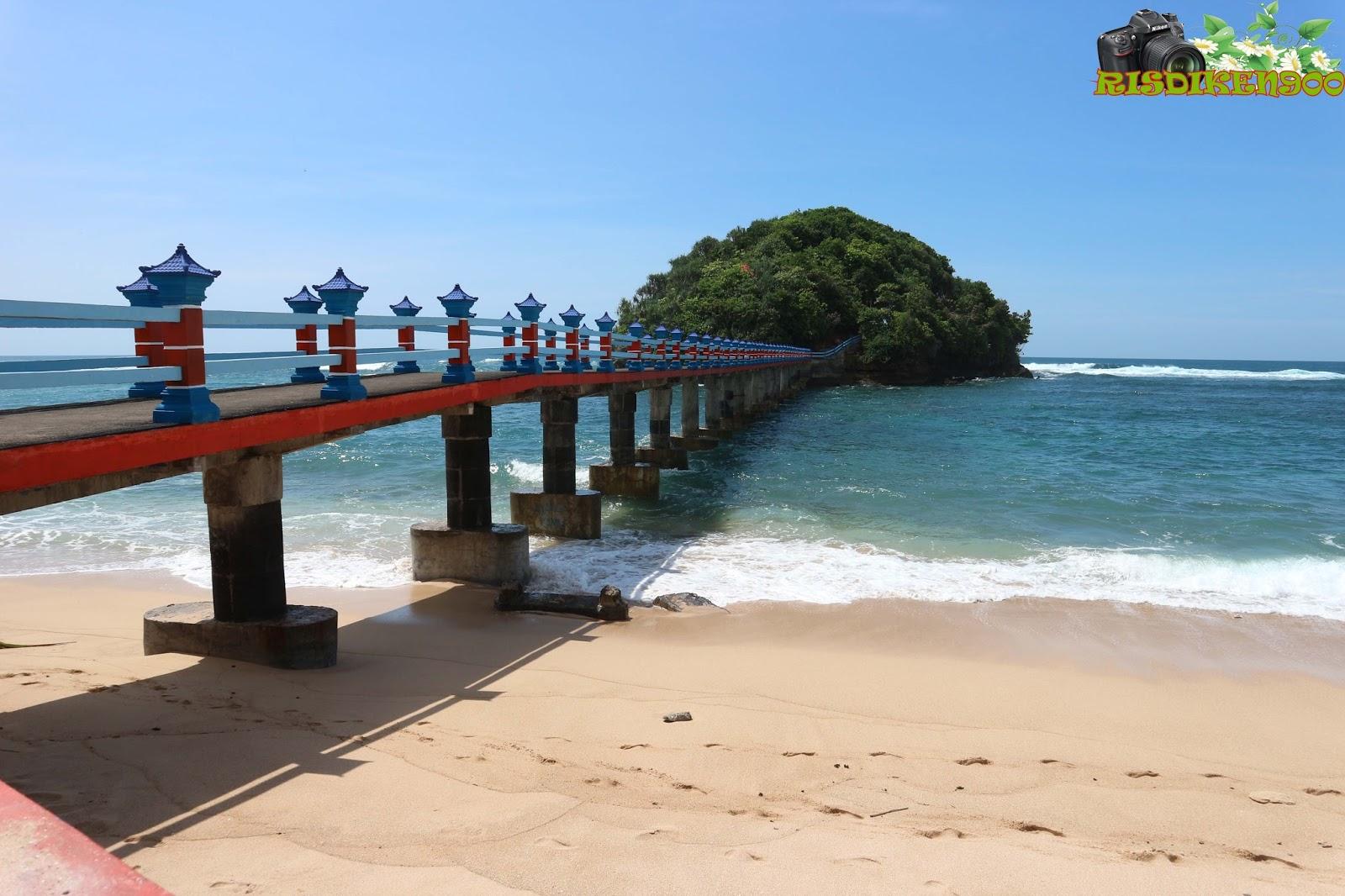 Hasil gambar untuk pantai jembatan panjang