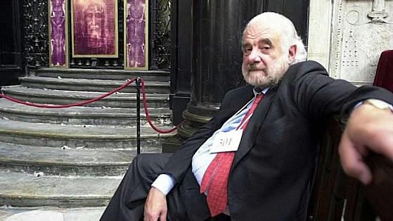Pierluigi Baima Bollone, professor emérito de Medicina Legal da Universidade de Turim