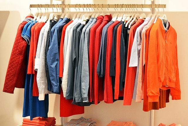 Moda y contaminación: por qué tienes que probar la ropa de segunda mano