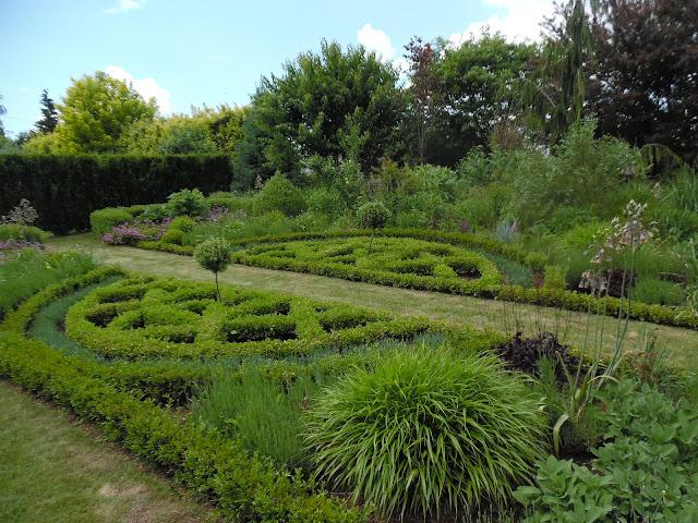 ogród bukszpanowy, francuski