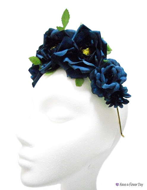 Corona flores azules · Blue flower crown