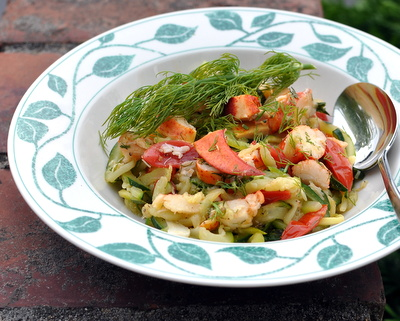 Garlicky Zucchini Noodles with Leftover Lobster, call it dinner in 15 minutes flat @ AVeggieVenture.com ~ Low carb, high protein, Weight Watchers PointsPlus 5