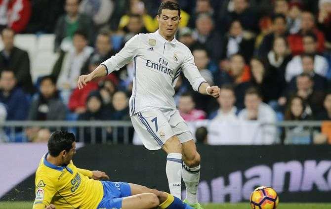 Ronaldo bisa e evita a derrota do Real Madrid (3-3)