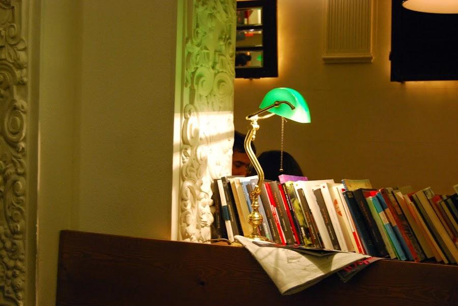 http://sosunnyblog.blogspot.com.es/2015/01/una-libreria-en-medio-del-caos-la.html