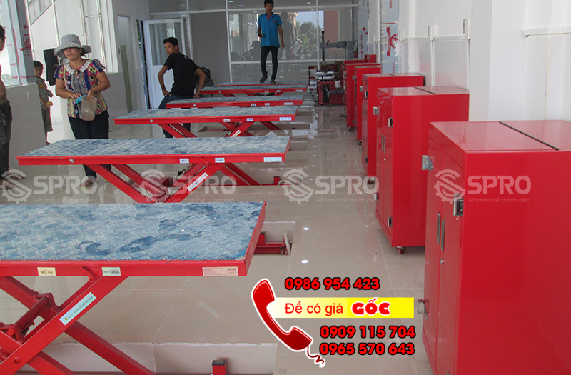 Bàn nâng sửa xe máy âm nền giá rẻ tại Bình Dương, Đồng Nai