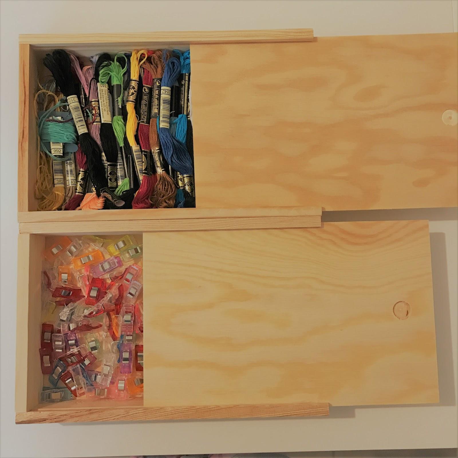 La Fabrique Bibelote Bla Bla 4 L Amenagement De Mon Atelier Couture Avec Des Meubles Ikea