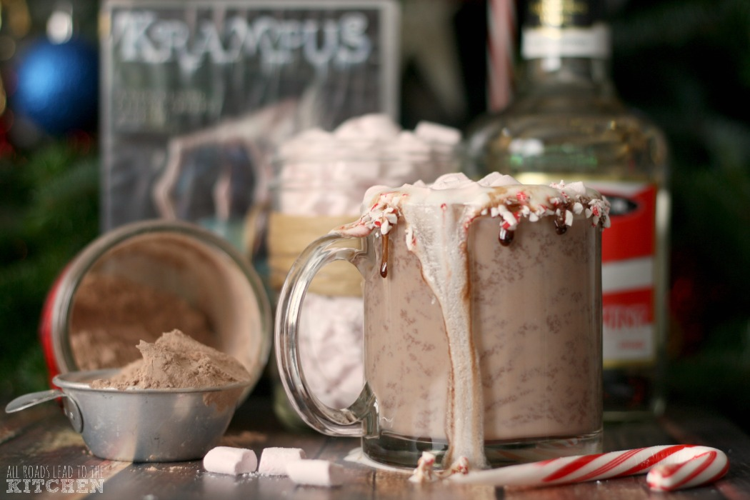 Homemade Peppermint Mini Marshmallows | Krampus #FoodnFlix