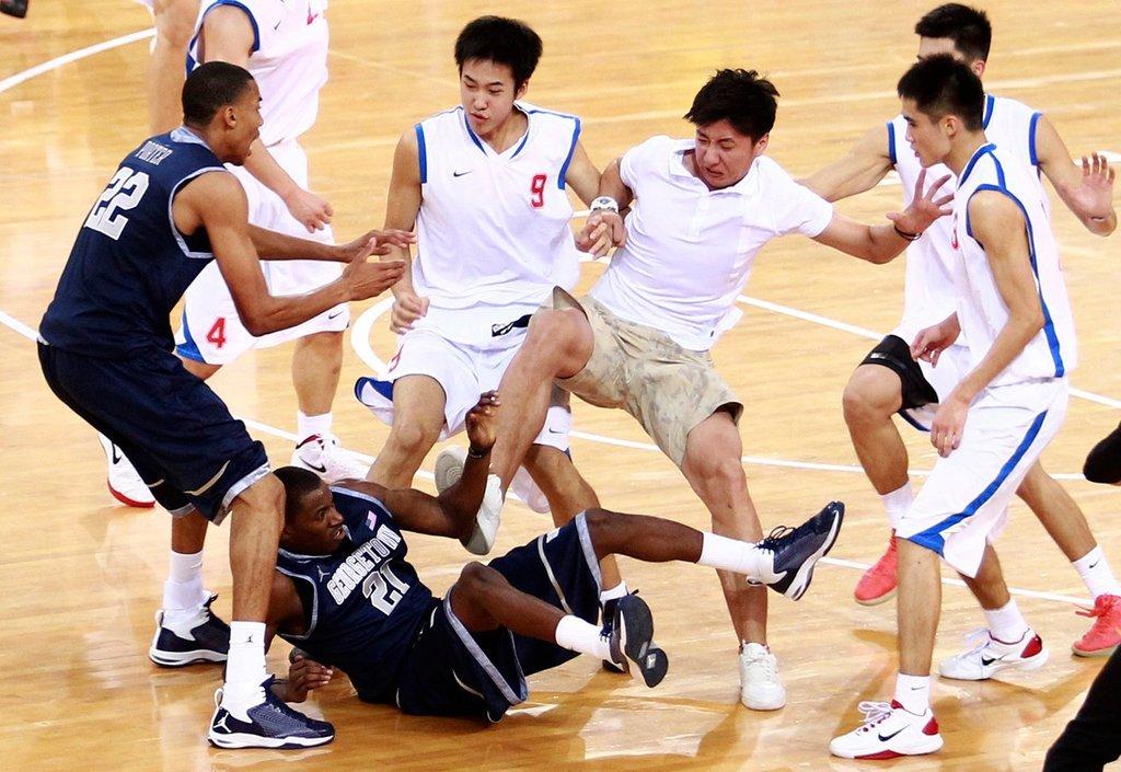 Basketeacher Macam Macam Pelanggaran Pada Permainan Bola Basket