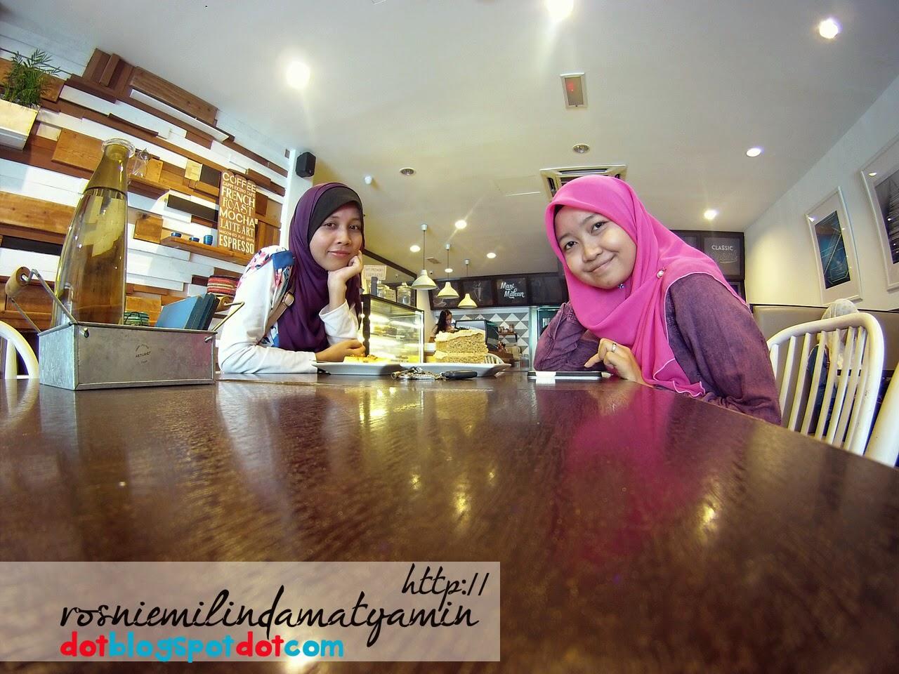 Cafe Lapis
