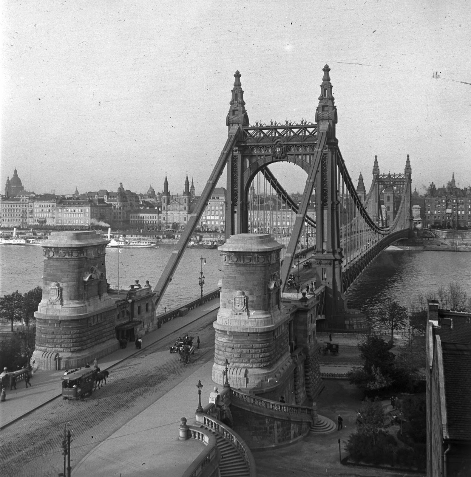 Donauinseln: Most beautiful bridge in the world