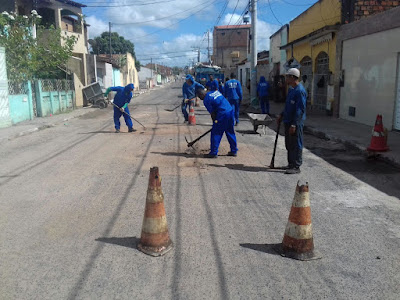 Ação continuada: Prefeitura de Alagoinhas retoma operação por bairros com mutirão tapa-buracos, recuperação de manilhas e drenagens em todo o município