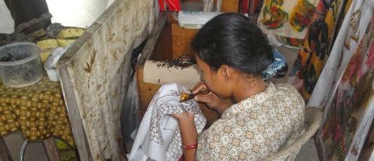 Kerajinan Tangan Batik Dan Tenun Tradisional Desa Batubulan - Desa Batubulan Gianyar Bali, Liburan, Perjalanan, Objek Wisata