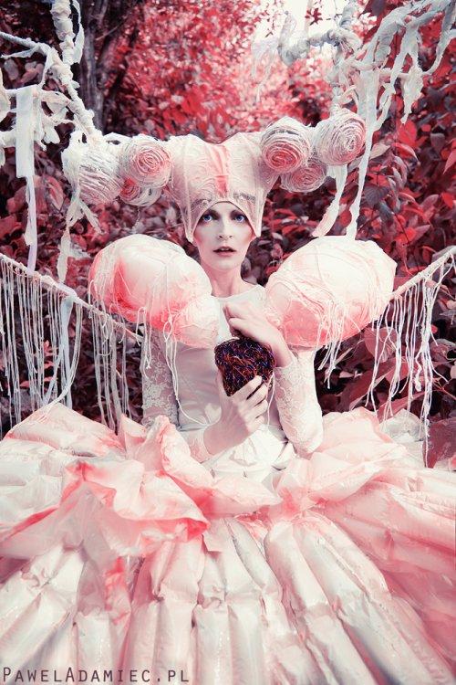 Pawel Totoro Adamiec deviantart fotografia surreal fantasia fashion modelos sombrio sonhos contos de fada