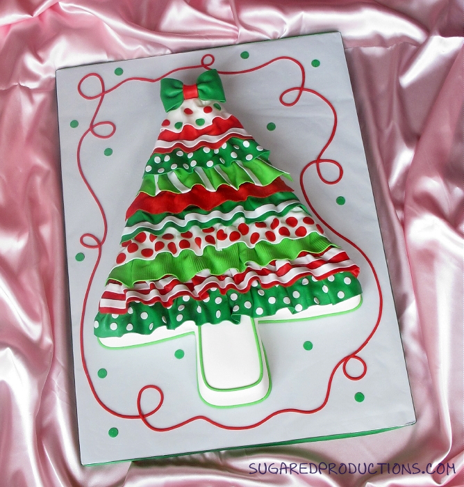 Cake Decorating Flat Icing : SugarEd Lagniappe: Ruffled Christmas Tree cake