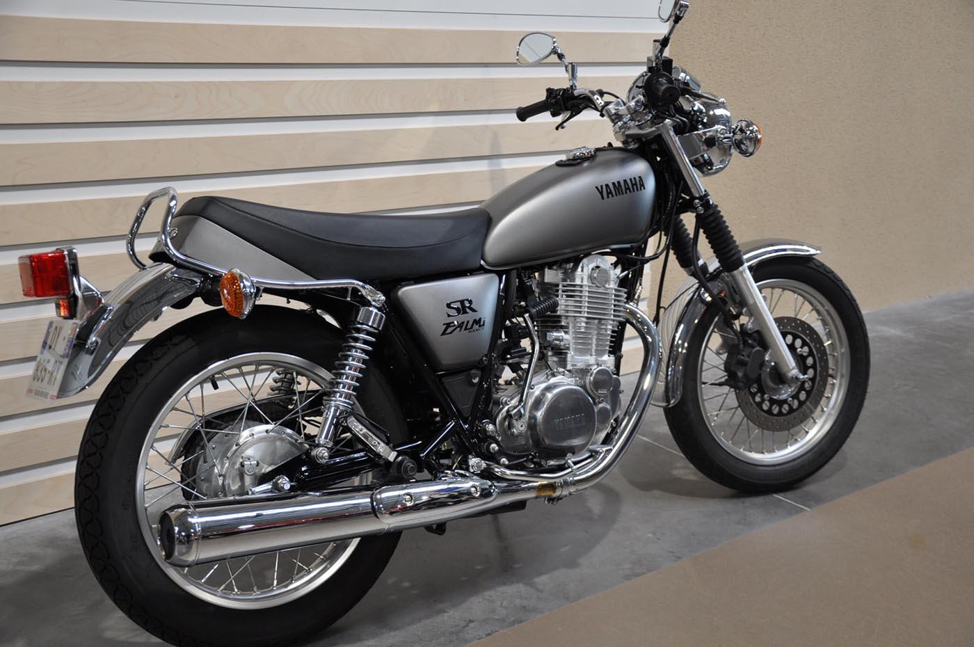 Classic Original Yamaha SR400