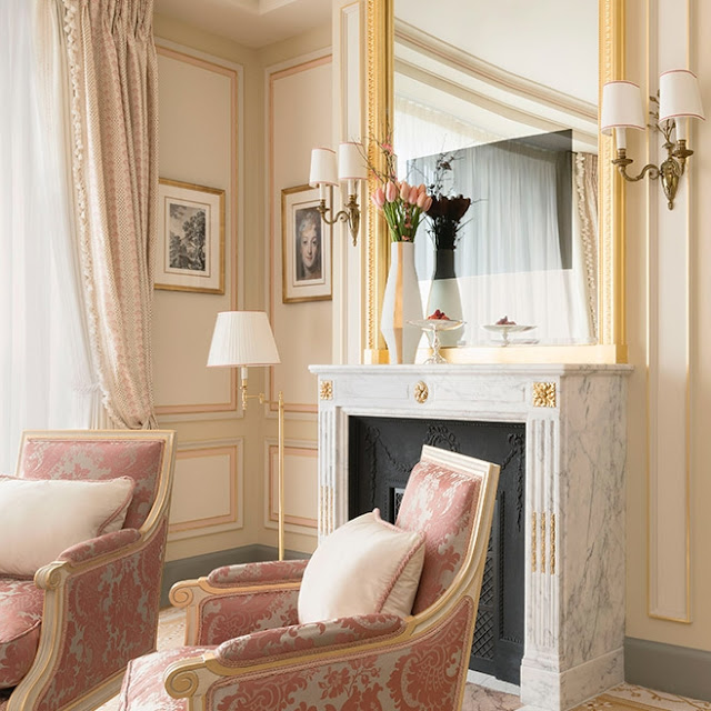 Peonies and orange blossoms ritz paris reopens after 4 for Design hotel sauerland am kurhaus 6 8