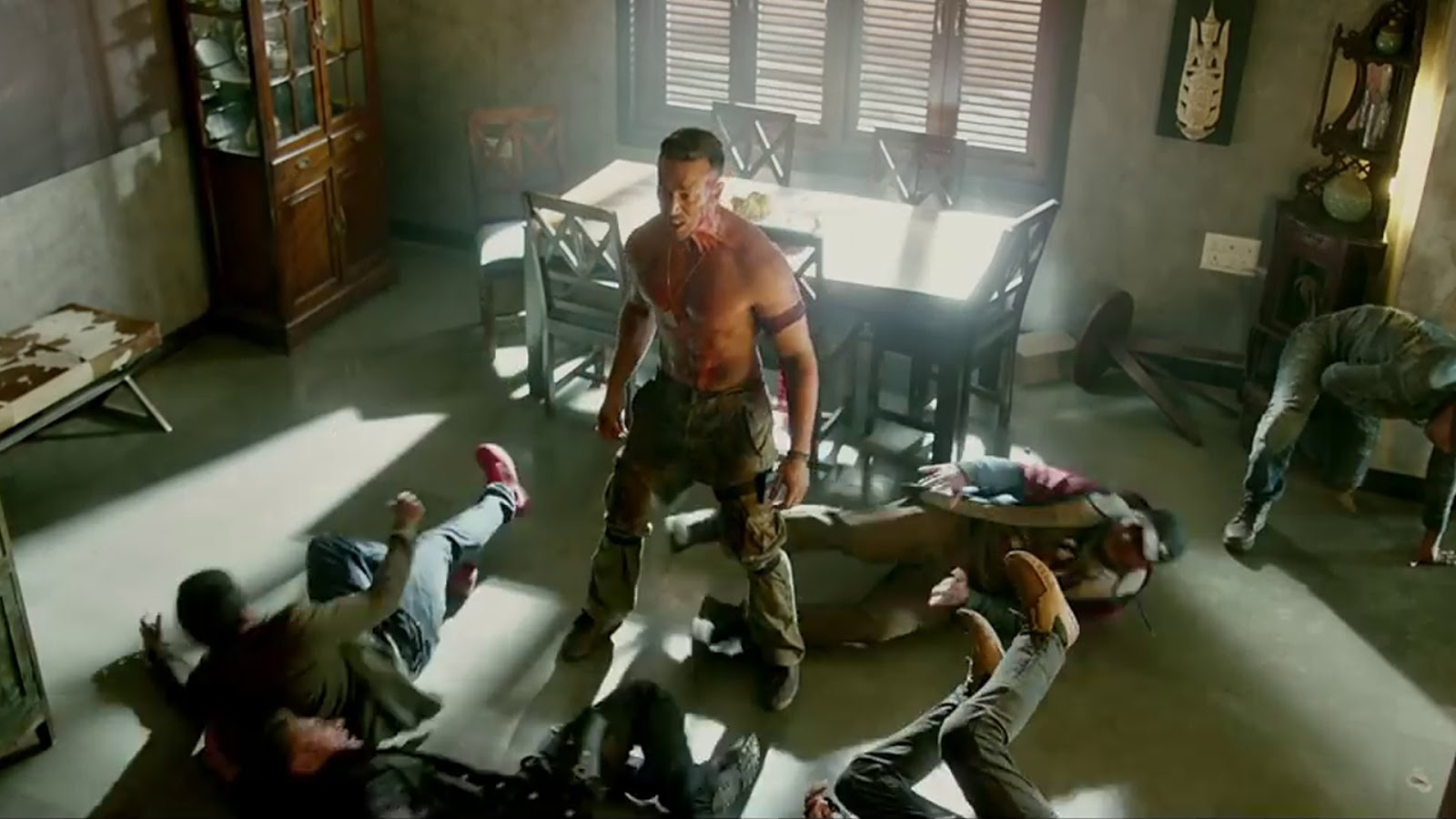 Baaghi 2 Movie HD Wallpapers Download Free 1080p Colorfullhdwallpapers : Upcoming Latest ...