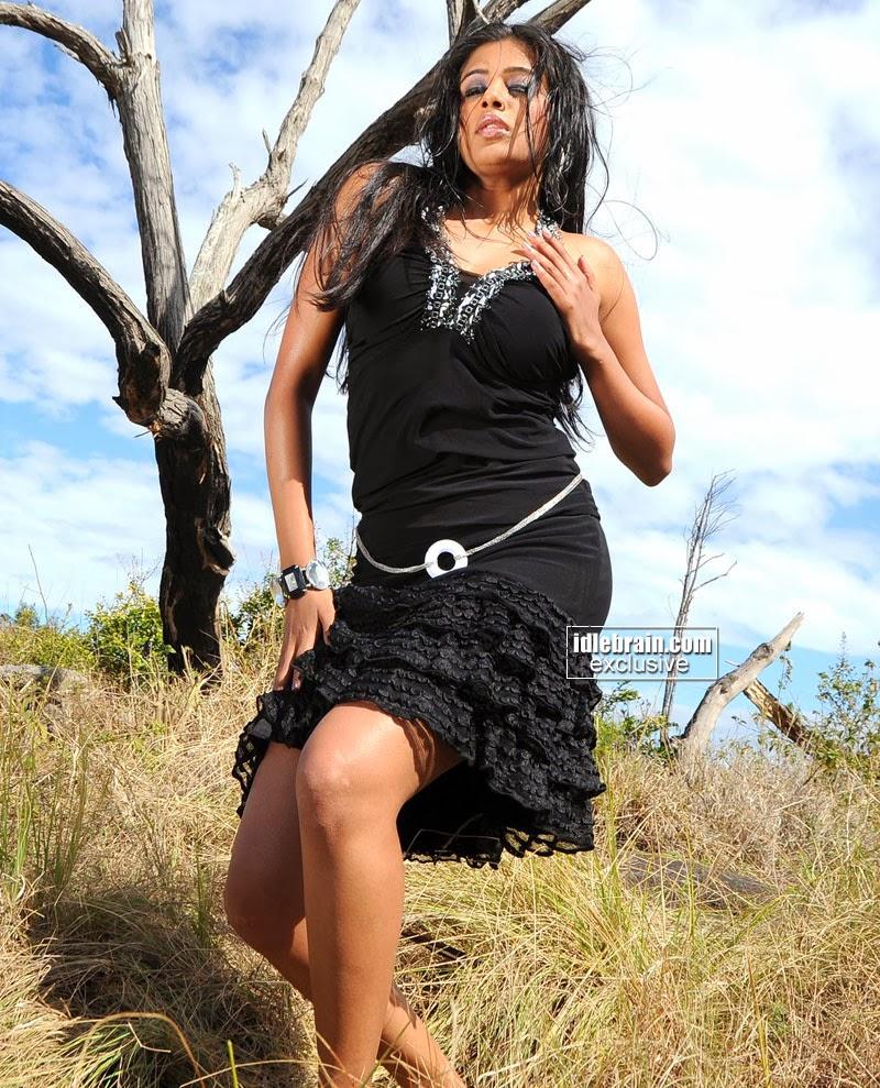 Indian Garam Masala: Tamil Actress Priyamani SIZZLING